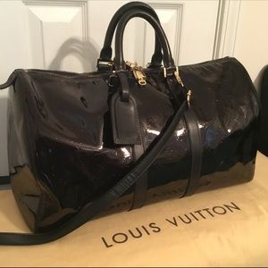 Louis Vuitton Keepall 45 Vernis Leather In Black